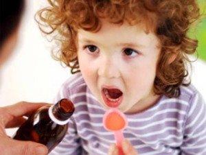 применение лазолвана детям