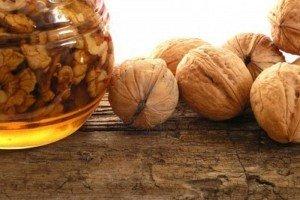 мед и грецкие орехи при кашле