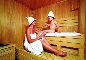 поход в баню при кашле - не опасен ли?