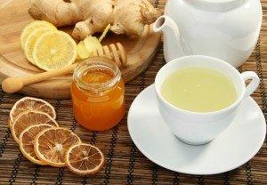 чай с медом, лимоном и имбирем