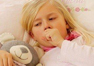 ребенок переносит простуду по разному